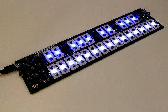 QuNexus_Smart_Sensor_Keyboard_Controller_2