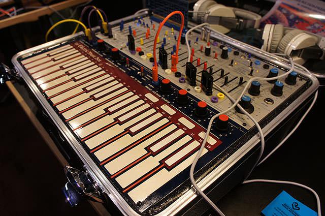 Buchla_Electric_Music_Box_7