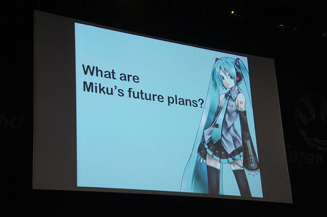 JAPAN_EXPO_HATSUNE_MIKU_Conference_1_15.jpg