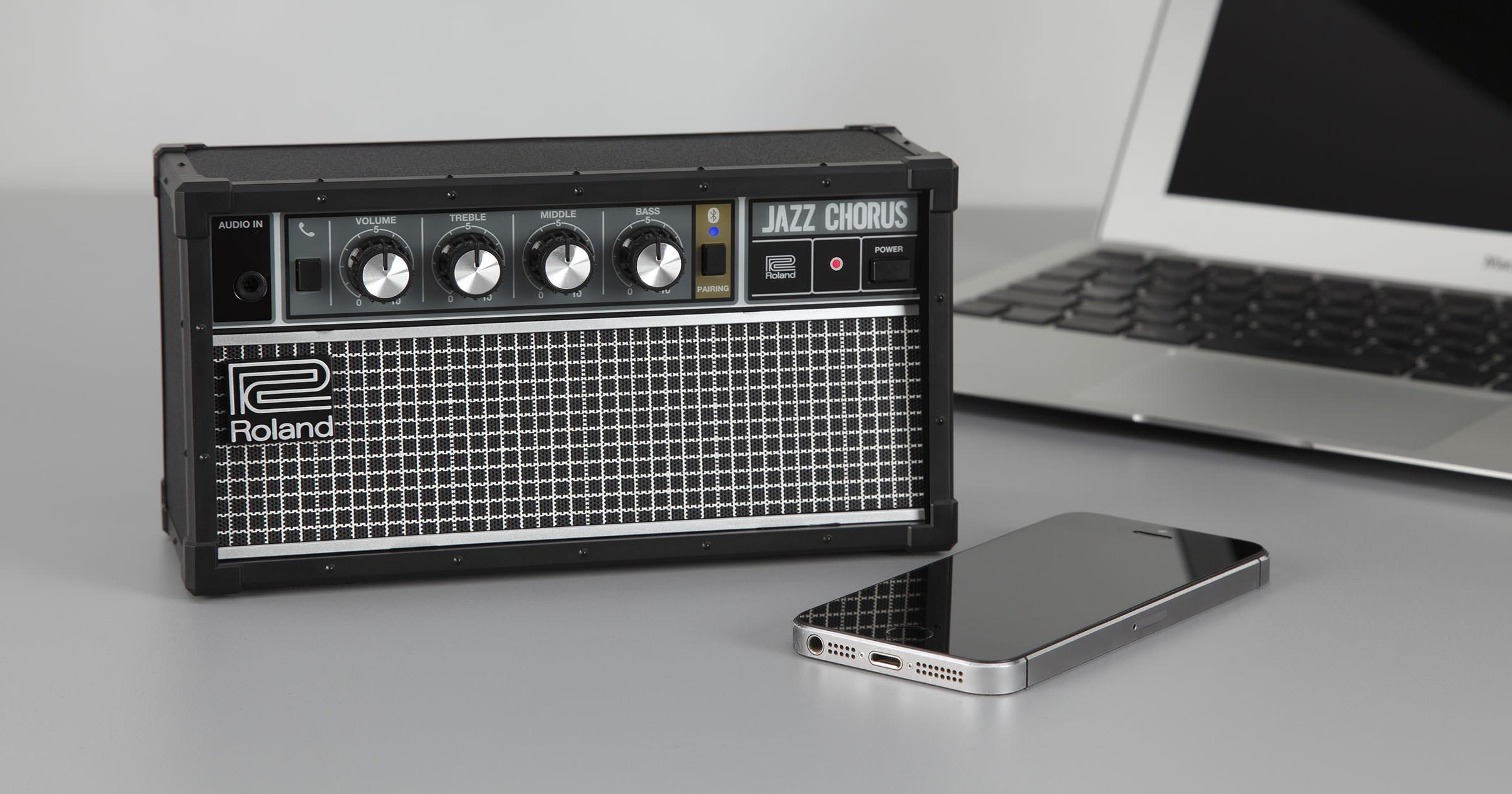 Roland - JC-01
