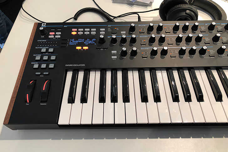 Novation - Summit