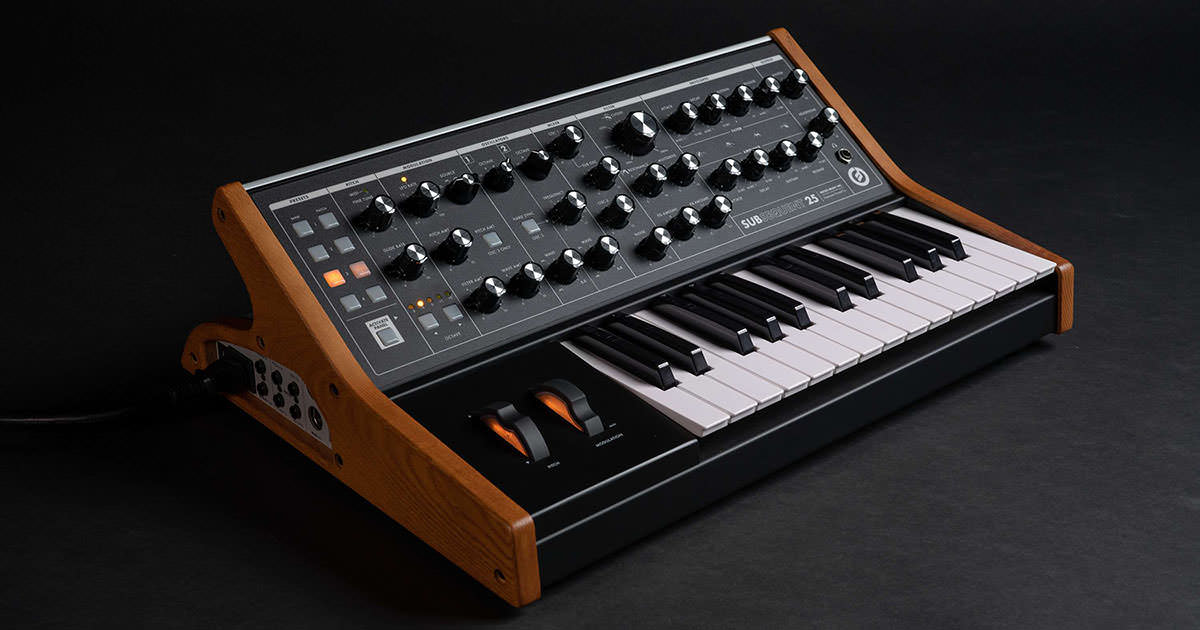 Moog Music - Subsequent 25